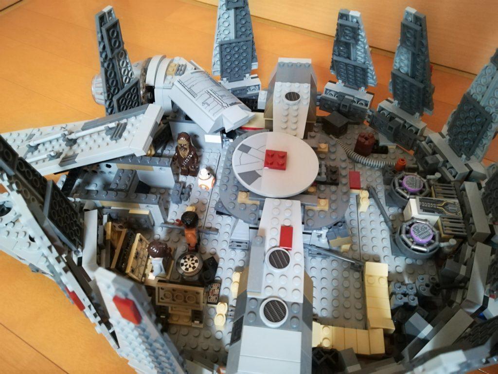 レゴミレニアムファルコンの内部