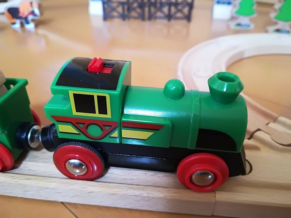 ブリオの自走式機関車